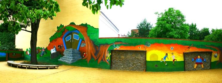 Wandbemalung im Schulhof der August-Moritz-Böttcher Grundschule nach Ideen von Schüler*innen der 3. und 4.Klassen