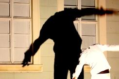 """""""Luz y Sombra"""" - ein musikalisch, tänzerisches spiel mit Licht und Schatten"""